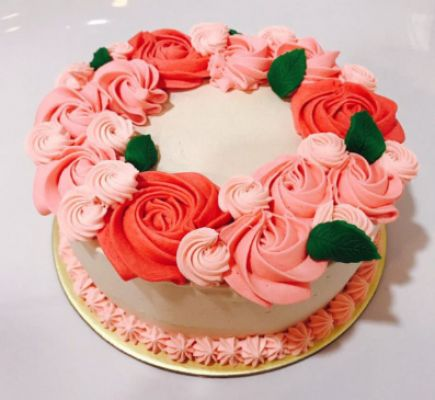 I will bake delicious and mouth-watering cakes for your special occasions
