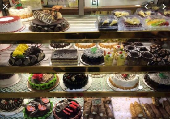 Get mouthwatering cakes and confectioneries.